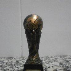 Coleccionismo deportivo: COPA ESPAÑA MUNDIAL 82 SACAPUNTAS.. Lote 28404408