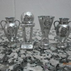 Coleccionismo deportivo: 4 COPAS REAL MADRID. Lote 32225878