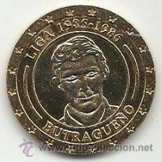 Coleccionismo deportivo: MONEDA DEL REAL MADRID. 10.- LIGA 1985 1986. BUTRAGUEÑO. 30 LIGAS 30 MONEDAS. MARCA. . Lote 33707506