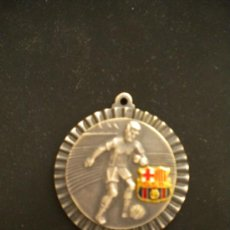 Coleccionismo deportivo: MEDALLA DEL CLUB DE FUTBOL BARCELONA 1950'S.. Lote 34191144
