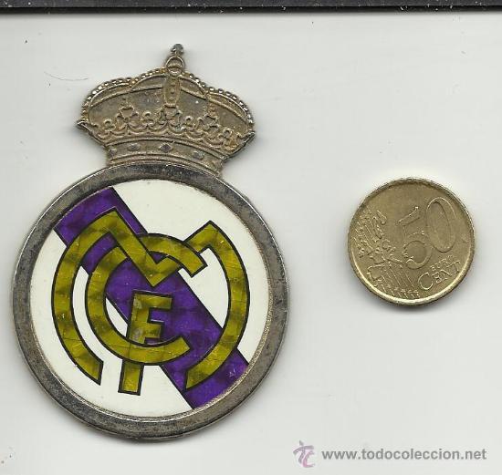 ESCUDO METALICO FUTBOL.REAL MADRID (Coleccionismo Deportivo - Medallas, Monedas y Trofeos de Fútbol)
