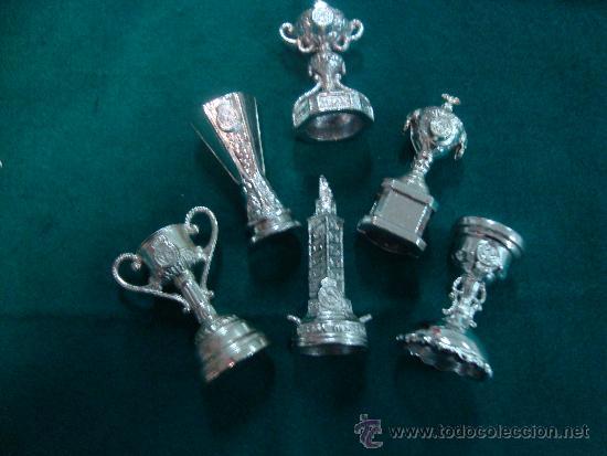Miniaturas Copas Futbol Del Real Madrid Relieve