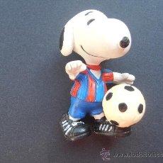 Coleccionismo deportivo: MUÑECO DE P.V.C SNOOPY DEL F.C.BARCELONA. Lote 38376094