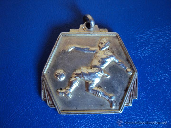 (F-469)MEDALLA A CESAR RODRIGUEZ,COPA DE ORO ARGENTINA,PARTIDO F.C.BARCELONA,5-ATHLETIC BILBAO,4 (Coleccionismo Deportivo - Medallas, Monedas y Trofeos de Fútbol)