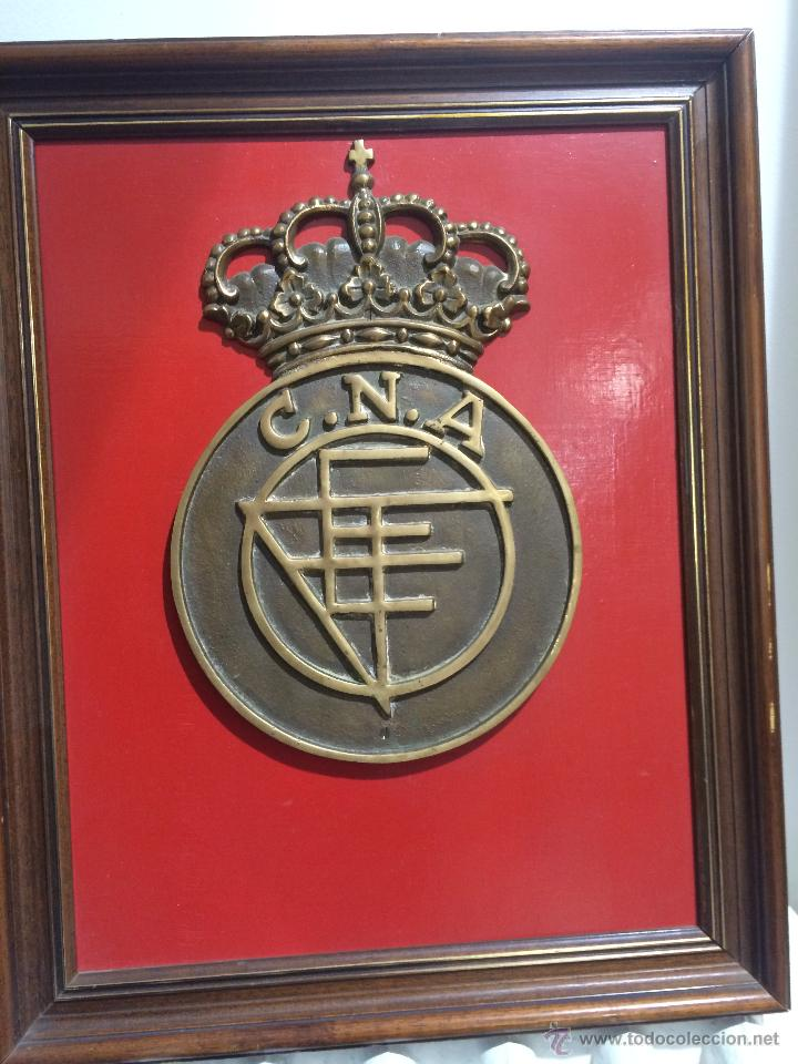 antiguo escudo de bronce del colegio nacional d - Comprar Medallas ...
