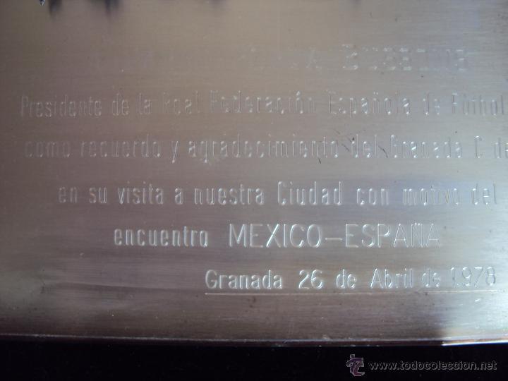Coleccionismo deportivo: (F-075)PLACA DE PLATA DEL GRANADA C.F.A PABLO PORTA PRESIDENTE F.E.F.CON MOTIVO DEL ESPAÑA-MEXICO - Foto 3 - 47297944