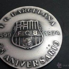 Coleccionismo deportivo: MEDALLA DEL F.C.BARCELONA EN PLATA 75 ANIVERSARIO VALLMITJANA PUNZONADA. Lote 47471117