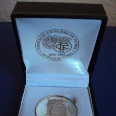 Coleccionismo deportivo: (F-1257)MEDALLA DE PLATA CENTENARI FEDERACIO CATALANA DE FUTBOL , 1900/2000. Lote 47880035