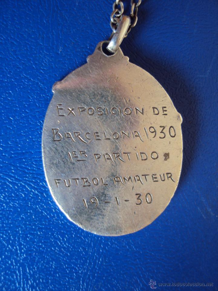 Coleccionismo deportivo: (F-0400)MEDALLA DE PLATA PRIMER PARTIDO AMATEUR EXPOSICION DE BARCELONA,19-1-1930 - Foto 3 - 49006327