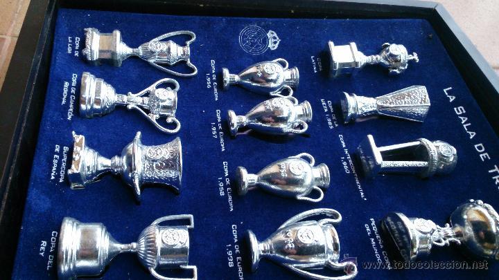 Coleccionismo deportivo: Colección copas trofeos miniatura Real Madrid del AS - Foto 3 - 49138396