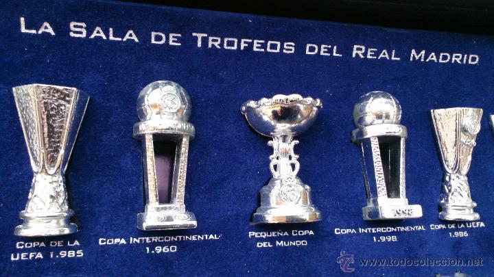 Coleccionismo deportivo: Colección copas trofeos miniatura Real Madrid del AS - Foto 4 - 49138396