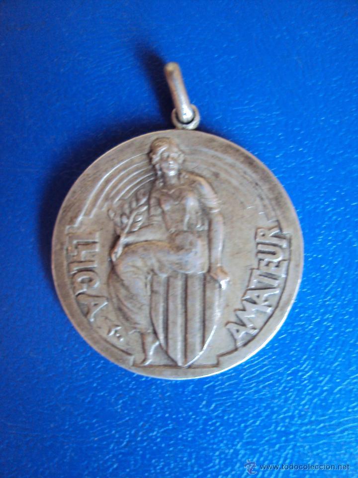 (F-0581)MEDALLA DE PLATA CAMPIONAT DE CATALUNYA DE FOOT-BALL 1930-31,COPA AMATEUR (Coleccionismo Deportivo - Medallas, Monedas y Trofeos de Fútbol)