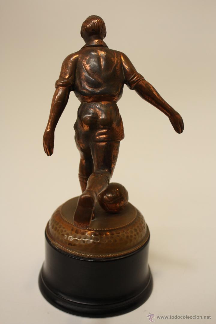 Coleccionismo deportivo: TROFEO FÚTBOL AÑOS 50 EN COBRE - Foto 8 - 57154273