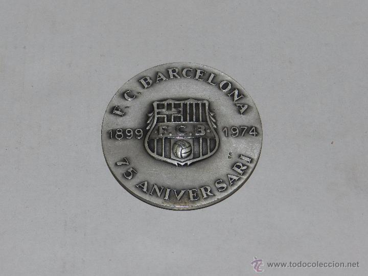 FC BARCELONA 1899 - 1974 , 75 ANIVERSARI ( ANIVERSARIO ) , MEDALLA DE PLATA, 6 CM, EN RELIEVE (Coleccionismo Deportivo - Medallas, Monedas y Trofeos de Fútbol)