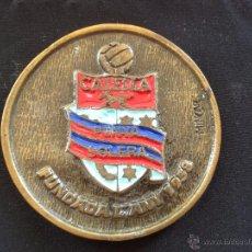 Coleccionismo deportivo: MEDALLA DEL FUTBOL CLUB FC BARCELONA F.C BARÇA CF TROBADA MUNDIAL PENYAS BARCELONISTAS CALELLA 1994. Lote 50324776