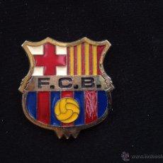 Coleccionismo deportivo: MEDALLA DEL FUTBOL CLUB FC BARCELONA F.C BARÇA CF ESCUDO DEL BARÇA . Lote 50340950
