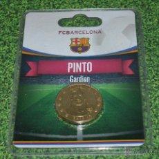 Coleccionismo deportivo: MONEDA DE METAL FC BARCELONA AÑO 2011 12 PINTO. Lote 53448374
