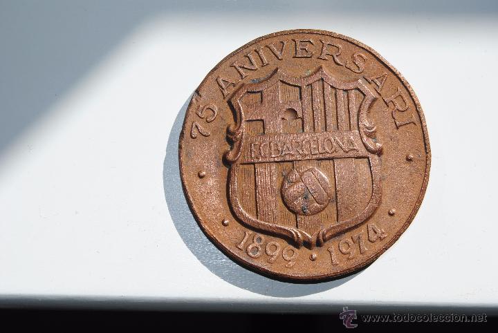 MEDALLA 75 ANIVERSARIO F.C.BARCELONA 1974 (Coleccionismo Deportivo - Medallas, Monedas y Trofeos de Fútbol)