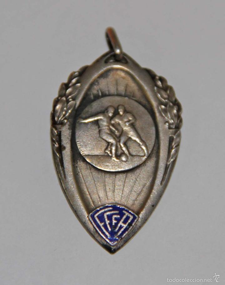 MEDALLA DE LA LIGA DE ORÁN (LIGUE DORANIE). PLATA Y ESMALTE. ARGELIA - FRANCIA. 1939 (Coleccionismo Deportivo - Medallas, Monedas y Trofeos de Fútbol)