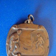 Coleccionismo deportivo: (F-1567)MEDALLA FUTBOL PREMI AJUNTAMENT DE SAN JOANDESPI ANY 1934. Lote 56961356