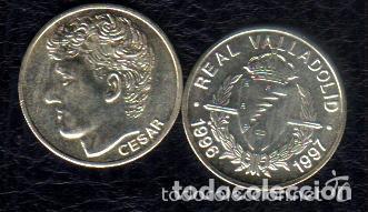 Coleccionismo deportivo: MONEDA DE PLATA 0,925 - CESAR SANCHEZ (REAL VALLADOLID 1996-97) - 5 GR. 25 MM DIAMETRO - NUEVA - Foto 2 - 65456862