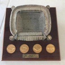 Coleccionismo deportivo: MAQUETA DEL SANTIAGO BERNABÉU , REAL MADRID . Lote 82277956