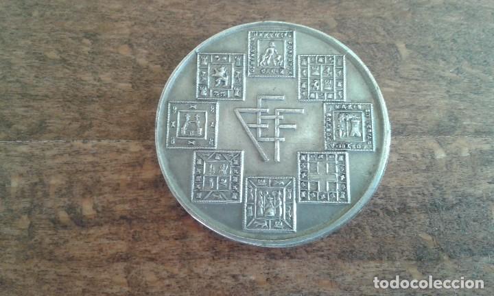 antigua medalla de la federacion andaluza de fu - Comprar Medallas ... e5e387ea791