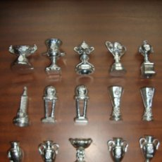 Coleccionismo deportivo: COLECCION TROFEOS DEL REAL MADRID VER FOTOS. Lote 96820327