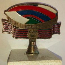 Coleccionismo deportivo: ESTADIO CAMP NOU EN BRONCE ESMATADO SOBRE MARMOL DE COLECCIÖN. Lote 97295955