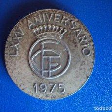 Coleccionismo deportivo: (F-171206)MEDALLA DE PLATA DE LA FEDERACION CATALANA DE FUTBOL 1900 LXXV ANIVERSARIO 1975. Lote 104975363