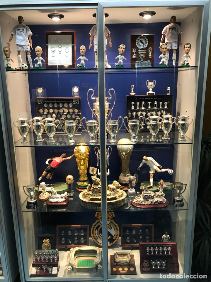 Museo Real Madrid.Mini Museo Del Real Madrid Sold Through Direct Sale 107793311