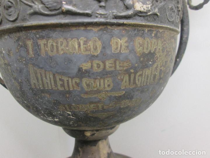 Coleccionismo deportivo: Antiguo y precioso trofeo de fútbol, I TORNEO DE COPA DEL ATHLETIC CLUB ALGINET 5-11-1933 - Foto 3 - 112375527