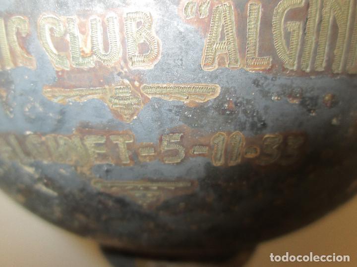 Coleccionismo deportivo: Antiguo y precioso trofeo de fútbol, I TORNEO DE COPA DEL ATHLETIC CLUB ALGINET 5-11-1933 - Foto 4 - 112375527