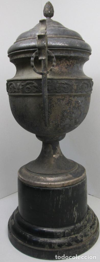 Coleccionismo deportivo: Antiguo y precioso trofeo de fútbol, I TORNEO DE COPA DEL ATHLETIC CLUB ALGINET 5-11-1933 - Foto 8 - 112375527