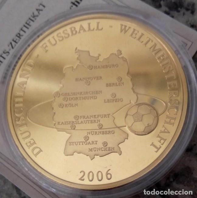 BONITA MONEDA DE ALEMANIA CAMPEONA DEL MUNDO EN FUTBOL AÑO 2006 EDICION LIMITADA + CERTIFICADO (Coleccionismo Deportivo - Medallas, Monedas y Trofeos de Fútbol)