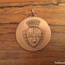Coleccionismo deportivo: MEDALLA AGRUPACIO ANTICS JUGADORS DEL CLUB FUTBOL BARCELONA. BARÇAAGRUPACION JUGADORES. Lote 115595603