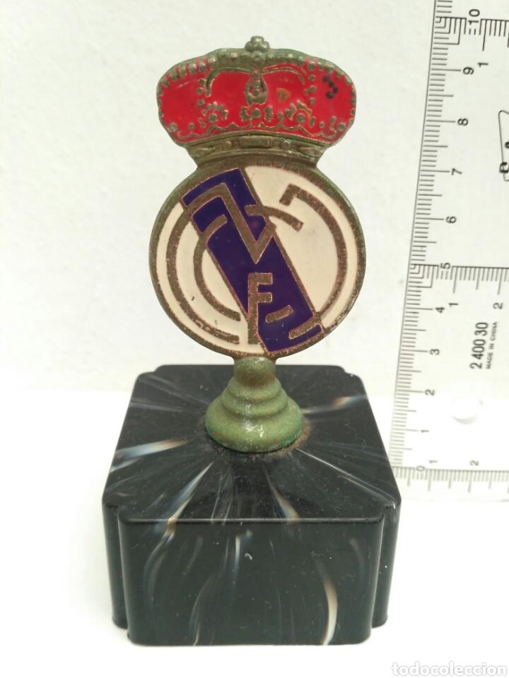 ESCUDO DEL REAL MADRID (Coleccionismo Deportivo - Medallas, Monedas y Trofeos de Fútbol)