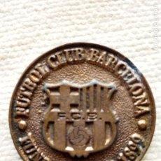 Coleccionismo deportivo: MEDALLA DEL FUTBOL CLUB BARCELONA - ELECCIONES 1997. Lote 121026979