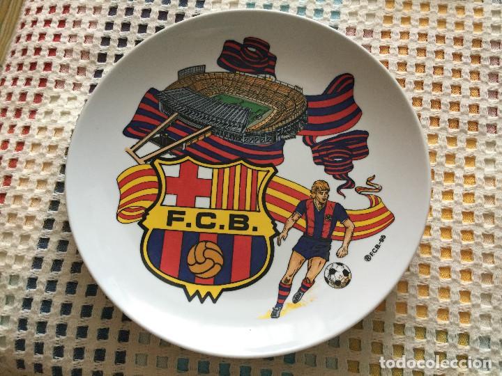 PLATO OFICIAL FCB FUTBOL CLUB BARCELONA BARÇA 95 1995 KREATEN 22CM DIAMETRO 3 HONDO (Coleccionismo Deportivo - Medallas, Monedas y Trofeos de Fútbol)