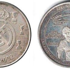 Coleccionismo deportivo: MEDALLA MONEDA REAL MADRID - LAS GRANDES REMONTADAS - 1902-2002. - MONEDA-139. Lote 129138723