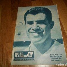 Coleccionismo deportivo: ANTIGUA REVISTA DEL REAL MADRID Nº 150 NOVIEMBRE 1962 30 PAGINAS 31 X 21,50 CMS FUTBOL PERFECTA. Lote 129743323