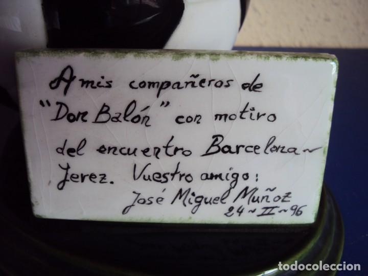 Coleccionismo deportivo: (F-190914)TROFEO DON BALON - PARTIDO F.C.BARCELONA - JEREZ - 24 - II - 1996 - Foto 2 - 133088698