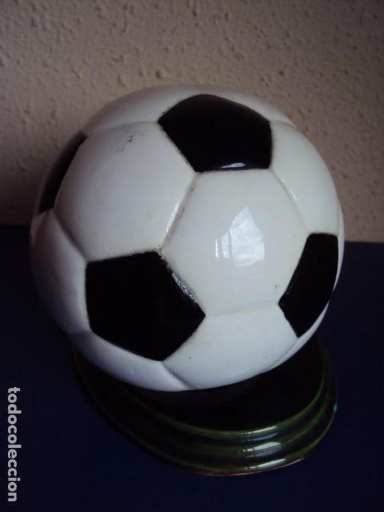 Coleccionismo deportivo: (F-190914)TROFEO DON BALON - PARTIDO F.C.BARCELONA - JEREZ - 24 - II - 1996 - Foto 6 - 133088698