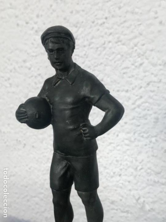 Coleccionismo deportivo: ESCULTURA ART DECO DE PORTERO DE FÚTBOL 1930'S. VER FOTOS ANEXAS. - Foto 2 - 139321598