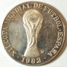 Coleccionismo deportivo: MEDALLA MUNDIAL ESPAÑA 1982. - XII COPA MUNDIAL DE FUTBOL - . PLATA 7 GR.. Lote 140928882