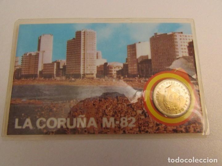 Coleccionismo deportivo: 24 unidades La Coruña m-82 moneda oficial 1 peseta - Foto 2 - 145688134
