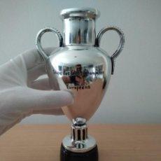 Coleccionismo deportivo: TROFEO ANTIGUA COPA DE EUROPA GANADA POR REAL MADRID 1956, 1957, 1958, 1959, 1960, 1966 (UEFA). Lote 152424714