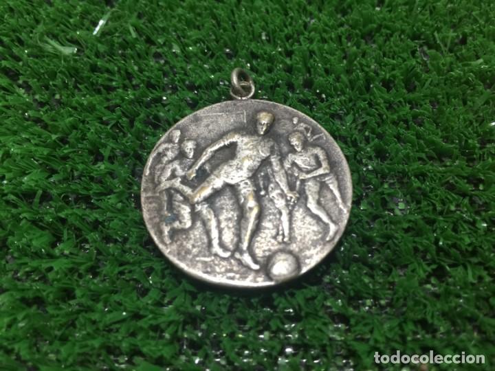 Coleccionismo deportivo: Paulino Alcantara Medalla Campeón de Copa Valentí 1913 - Foto 2 - 160657226