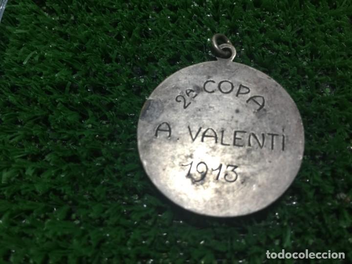 Coleccionismo deportivo: Paulino Alcantara Medalla Campeón de Copa Valentí 1913 - Foto 3 - 160657226