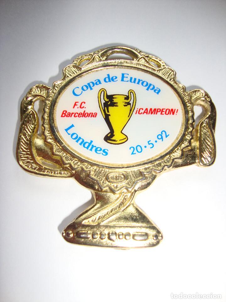 MEDALLA DE LA COPA DE EUROPA DE 20/05/1992 BARCELONA CAMPEON 5 X 5 CM (Coleccionismo Deportivo - Medallas, Monedas y Trofeos de Fútbol)